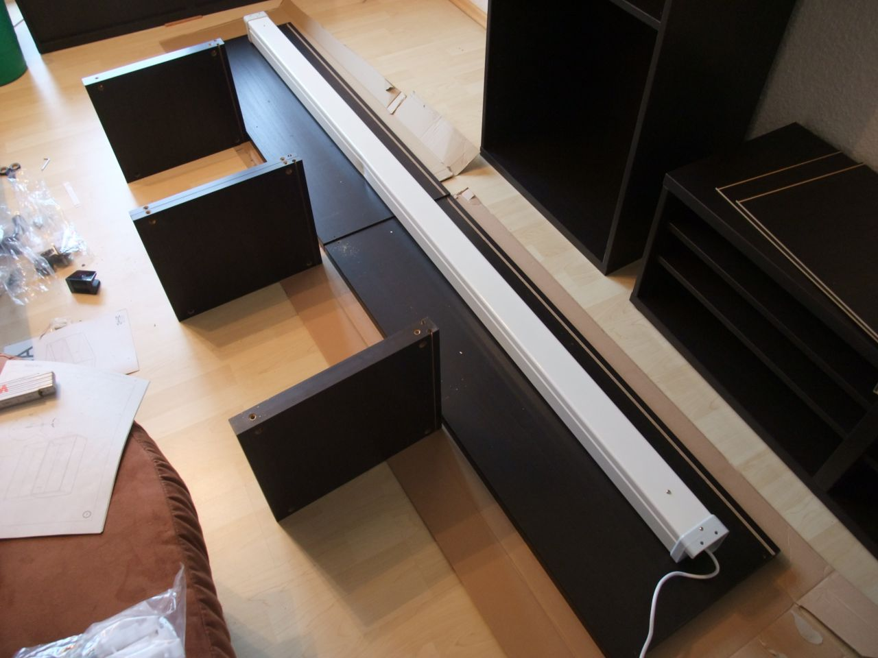 kabel verstecken ikea swalif. Black Bedroom Furniture Sets. Home Design Ideas