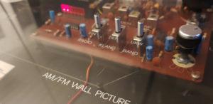 MAXIMAL Wandbild-Radios aus den 80ern